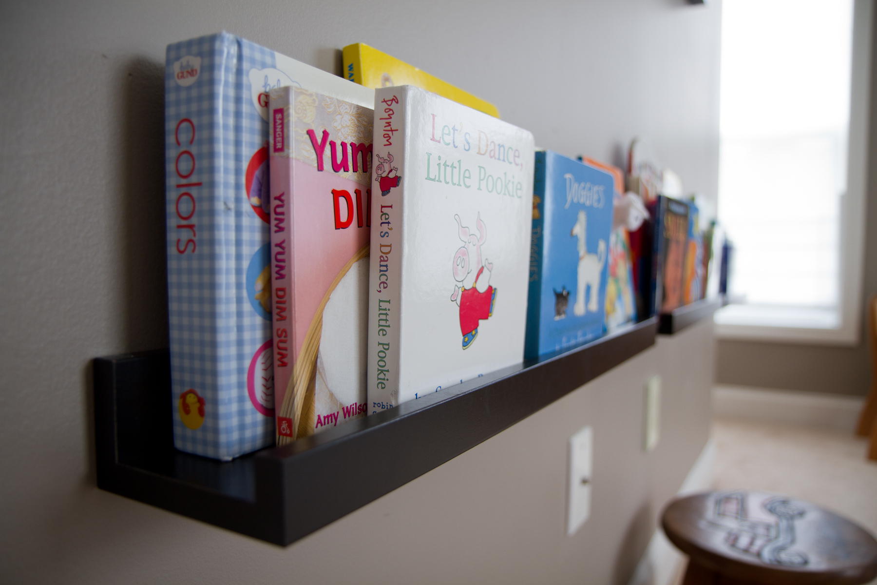She Says Shortcut This Place Is Now A Home - Baby bookshelves